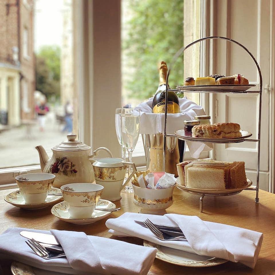 Afternoon Tea York - Dean Court Hotel