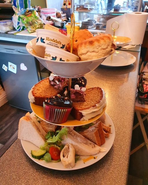 Afternoon Tea Hull - The Blue Whippet Cafe