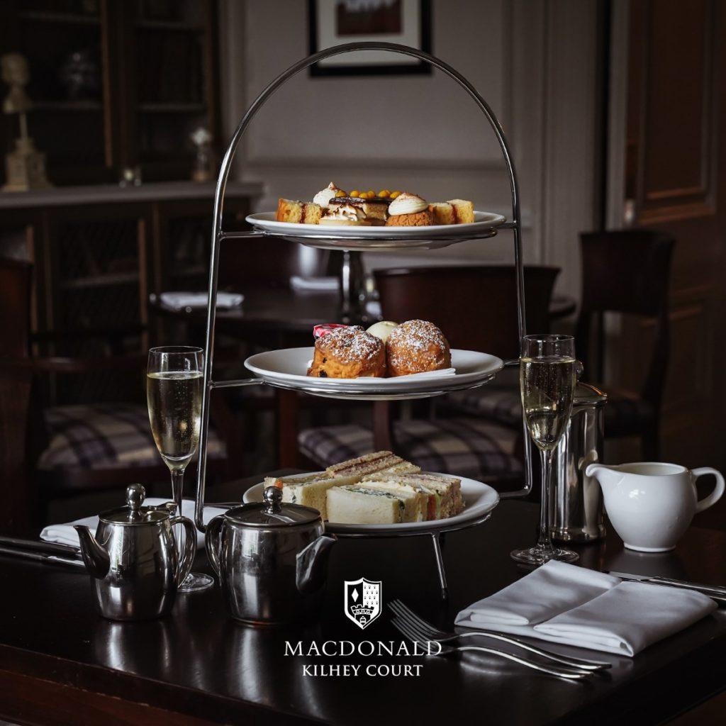 - Macdonald Kilhey Court hotel