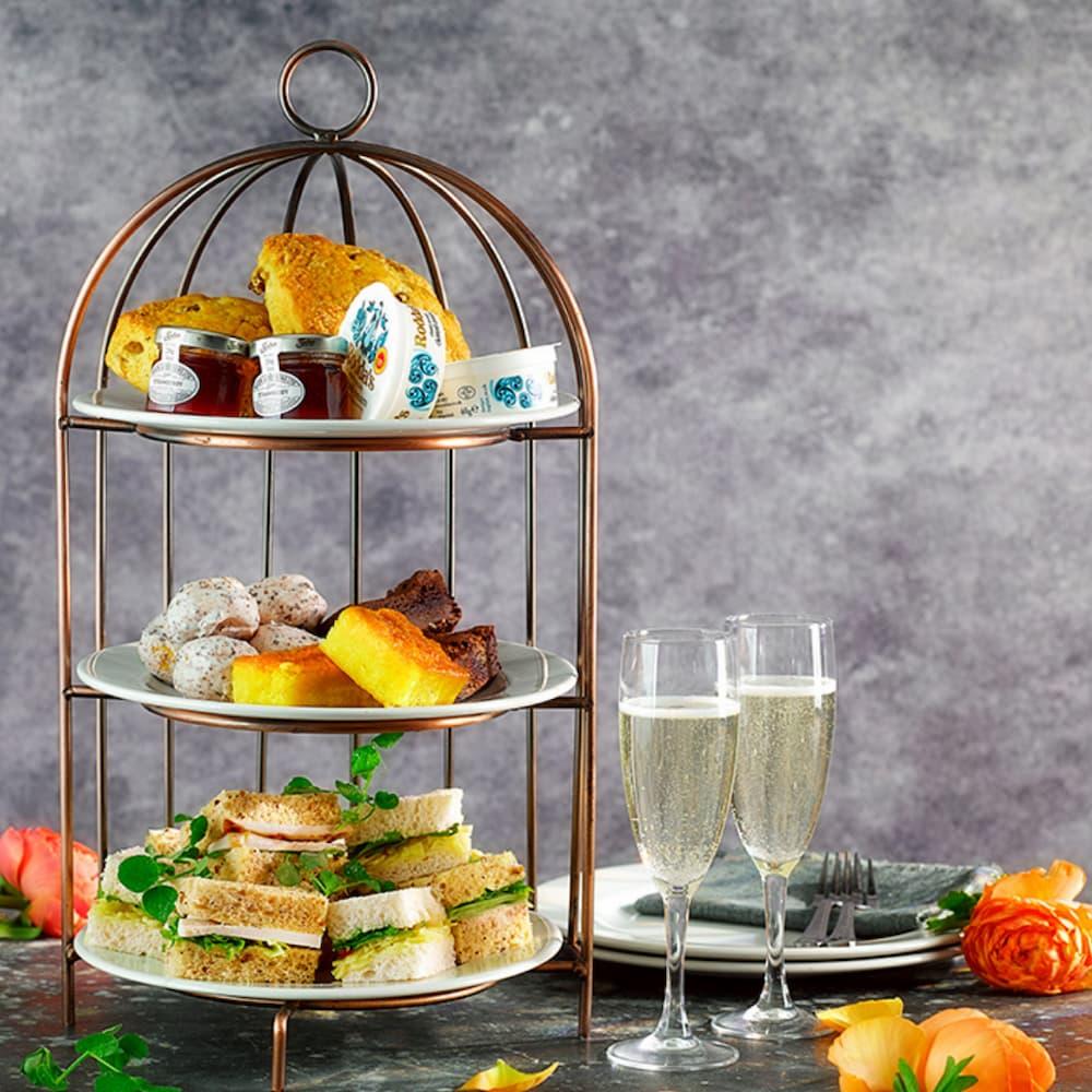 Afternoon Tea Richmond - Slug & Lettuce