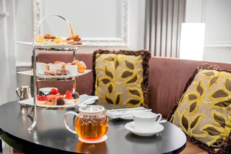 Afternoon Tea NYC - The Pierre Two E Bar and Lounge