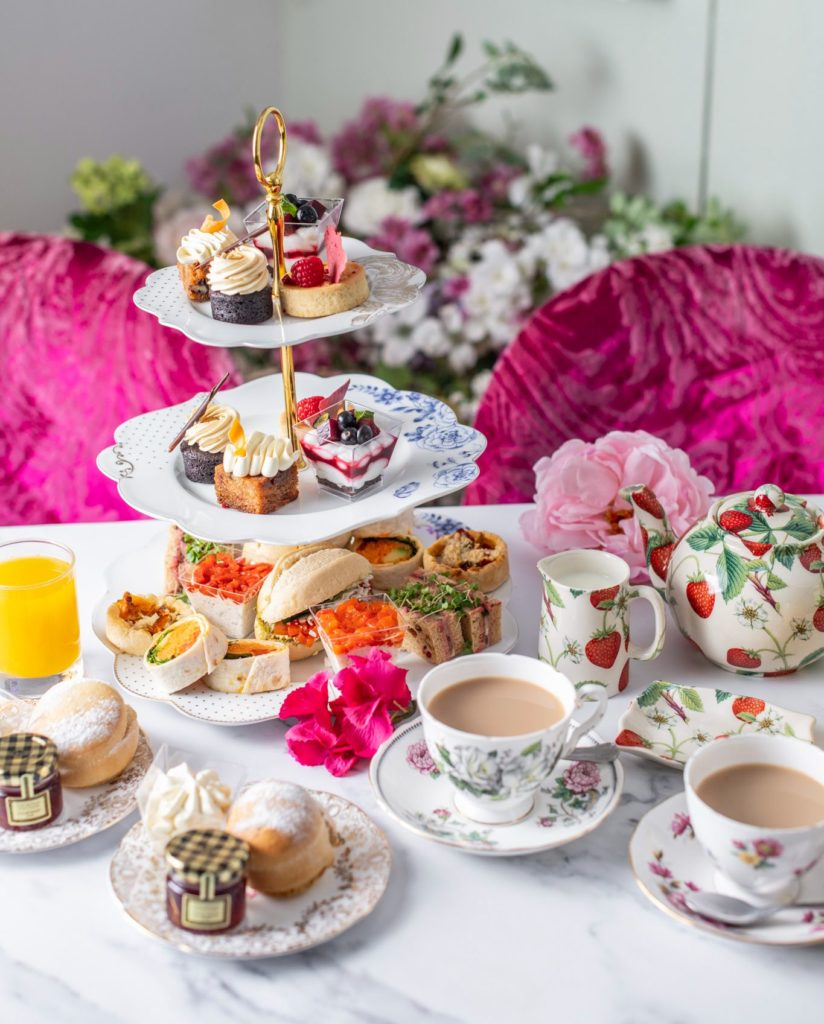 afternoon Tea London - Vintage Bus - B Bakery
