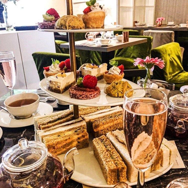 afternoon tea London - La Suite West Cafe 41