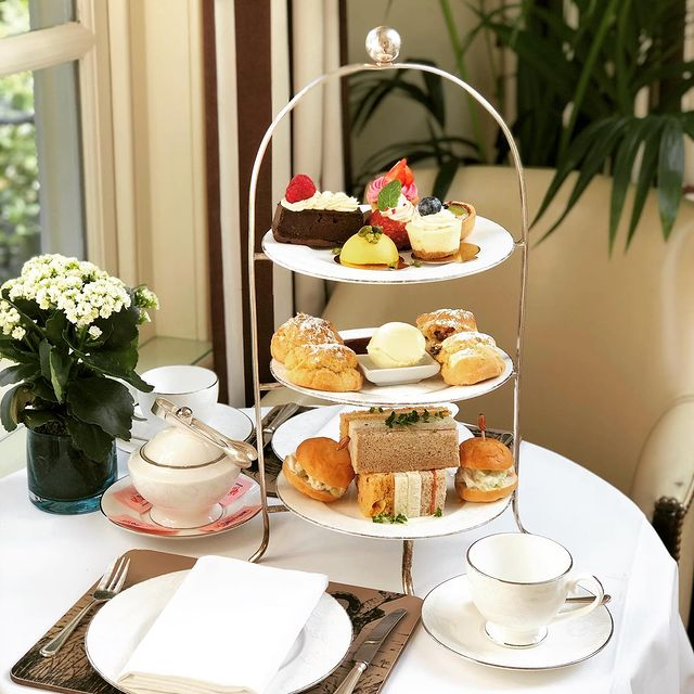 afternoon tea London - Montague on the gardens