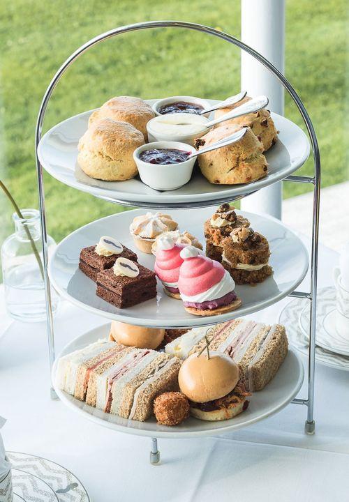 afternoon tea Lake District - The Midland