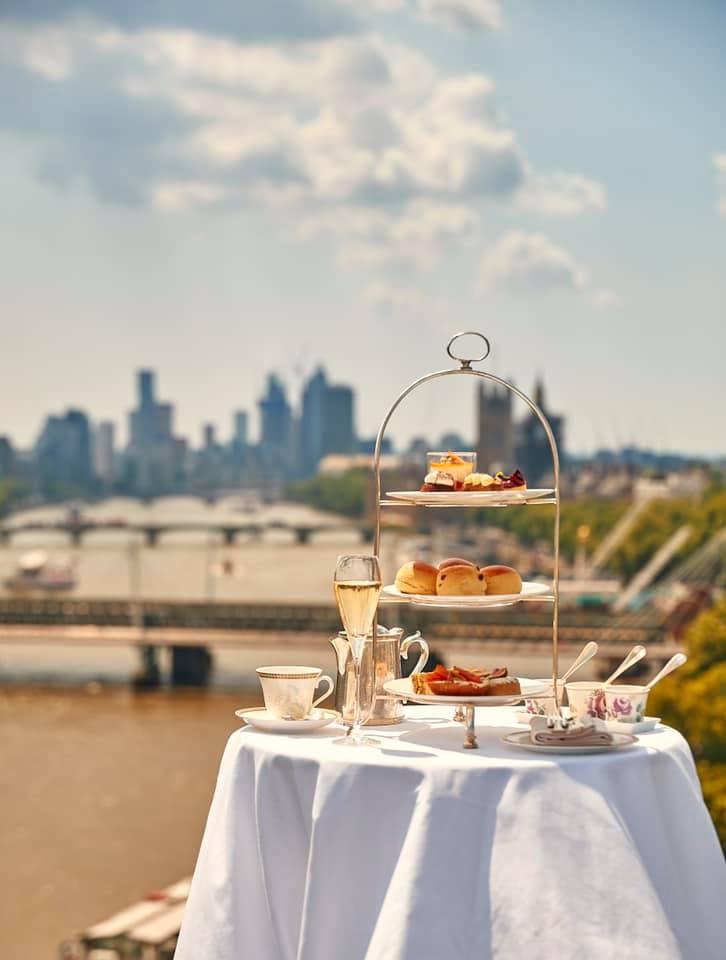 afternoon tea London - The Savoy