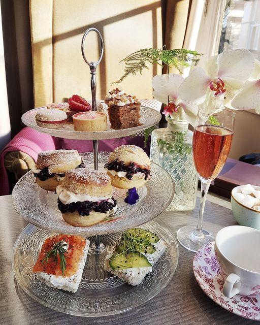 afternoon tea London - York & Albany